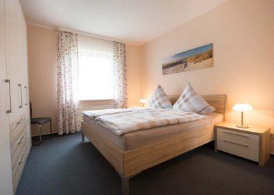 Das Schlafzimmer von Wohnung 1 im Nordlicht Amrum