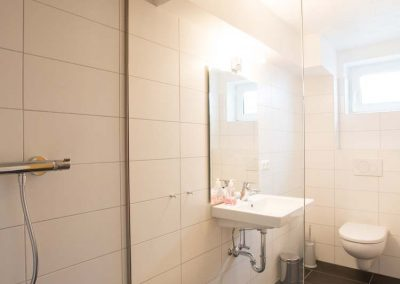 WC und Waschraum im Saunabereich